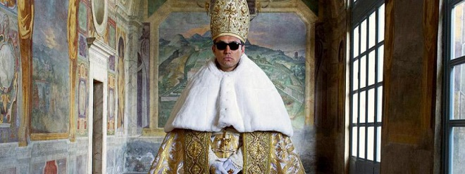 the-young-pope-01